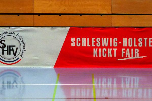 Schleswig-Holstein setzt Spielbetrieb aus